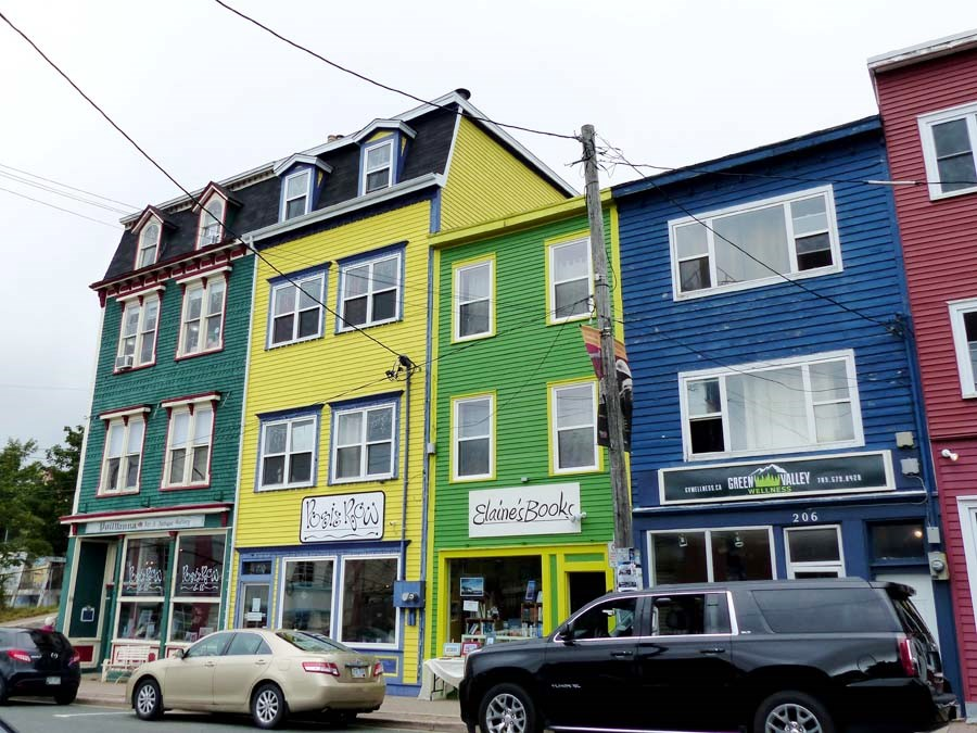 St. John's bunte Häuser